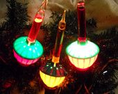 Ca 3 Royal Crown Bubble Light Bulbs - two tones -great colors - 2 Red/Green, 1 Yellow and Green-good condition - all work well (see photos) Bubble Christmas Lights, Christmas Decorations, Christmas Ornaments, Holiday Decor, Kickin It Old School, Wonderful Time, Childhood Memories, The Past, Bubbles