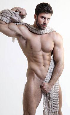 What a beautiful muscular man!