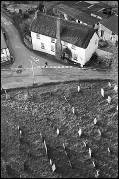 Running for the school bus by James Ravilious © Beaford Arts