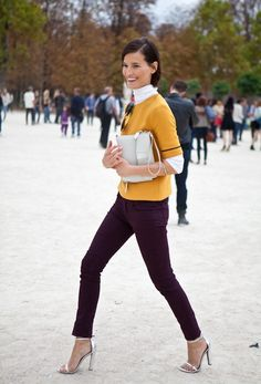 Resultado de imagen para burgundy pants outfit