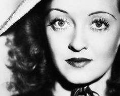 Bette Davis Eyes: 31 Rare Photos of an Unforgettable Star | Best Movies by Farr                                                                                                                                                     More