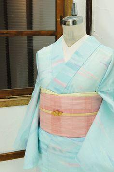 ターコイズやブルーの優しい色の重なりに、霞雲のような模様浮かび上がる夏着物風浴衣です。 #kimono