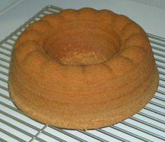 Appelsiinin makuinen 7 minuutin kakku - Mimmin keittiö - Vuodatus.net - Finnish Recipes, Cake Recipes, Food And Drink, Treats, Candy, Cheese, Baking, Breakfast, Sweet