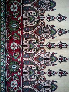 Border Embroidery Designs, Cross Stitch Embroidery, Cross Stitch Patterns, Crochet Patterns, Bohemian Rug, Needlework, Diy And Crafts, Carpet, Quilts