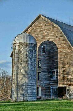 "Photograph by Joanne Shedrick, Vermont ""Silo Shadow"" the sun cast a shadow of the silo against the barn, almost appears as 2 silos. Country Barns, Country Life, Country Living, Amish Barns, Country Charm, Country Roads, Farm Barn, Old Farm, American Barn"