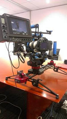 Boomi Films (@BoomiFilms):  Our rig in action on a shoot in Brisbane Today. @Dan Uyemura Uyemura Uyemura Uyemura Ben Micro & @Eric Lee Lee Kessler Phillip Bloom slider...