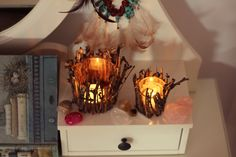Do it yourself / Part 1 Follow Follow, Handmade Jewellery, Light Bulb, People, Home Decor, Handmade Jewelry, Decoration Home, Room Decor, Light Globes
