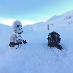 "5 mentions J'aime, 1 commentaires - Timena (@timena) sur Instagram: ""#stormtrooper #lego #blackandwhite"""