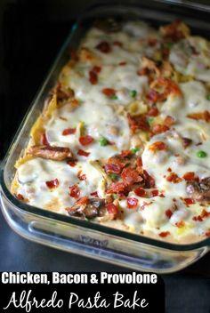 Chicken, Bacon & Provolone Alfredo Pasta Bake | Aunt Bee's Recipes