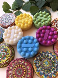 Canned shower soap decorated with mandalas, Jabon with base in olive oil, round soap with aromas Base, Cookies, Desserts, Hand Soaps, Birthday Gifts, Hand Made Gifts, Handmade Soaps, Incense, Aromatherapy