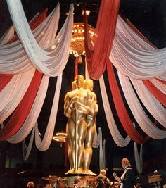Hollywood auction decoration