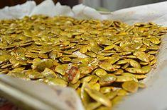 How to Roast Pumpkin Seeds - Pure Grace Farms Pumpkin Seeds with Cajun Seasoning: Don't waste those precious pumpkin seeds, roast them instead Pumpkin Puree Recipes, Homemade Pumpkin Puree, Healthy Pumpkin, Roasted Pumpkin Seeds, Roast Pumpkin, Baked Pumpkin, Fall Recipes, Real Food Recipes, Cooking Recipes