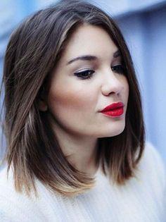 Coiffure pour visage rond et cheveux epais - http://lookvisage.ru/coiffure-pour-visage-rond-et-cheveux-epais/ #Cheveux #Beauté #tendances #conseils