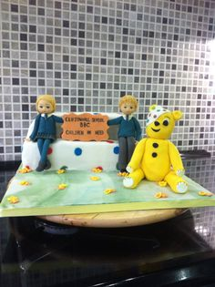 Cake for children in need Cliftonhall school