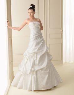 133 INFINITO | Wedding Dresses | 2012 Collection | Luna Novias