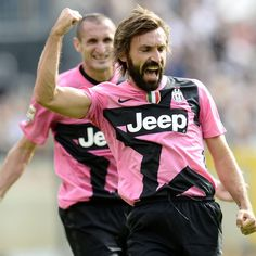 This is what my brothers Shayne and Noah are gonna look like when they're older. Juventus Soccer, Andrea Pirlo, I Go Crazy, Trx, Fc Barcelona, Football Players, Messi, Cool Shirts, Country