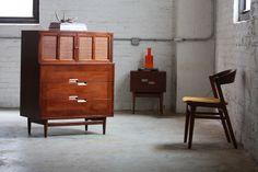 ***On Deck***Elegant American of Martinsville Mid Century Modern Gentlemens Chest Tall Dresser (U.S.A.1960s)
