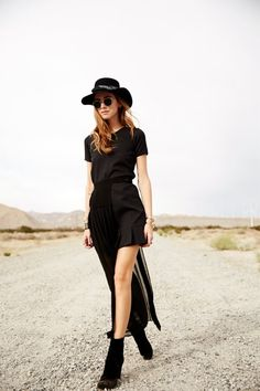 COME WITH ME TO THE DESERT | FashionLovers.biz