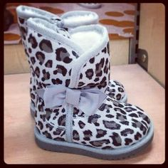Leopard Grey Boots