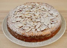 Italian Almond Ricotta Cake is the perfect Italian dessert. This recipe is full of flavor and so simple to make with ricotta cheese and almond extract. Pastry Recipes, Baking Recipes, Cake Recipes, Dessert Recipes, Soup Recipes, Vegetarian Recipes, Almond Butter Snacks, Almond Recipes, Ricotta Cake