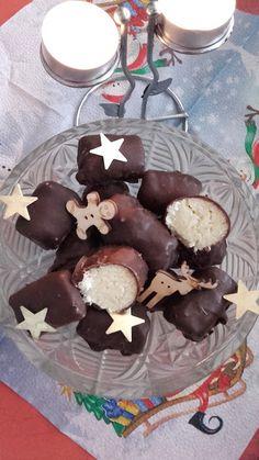 This no all / Disznóól - KonyhaMalacka disznóságai: Kókuszos szaloncukor - házilag Mousse, Pudding, Cookies, Christmas, Food, Candy, Crack Crackers, Xmas, Custard Pudding