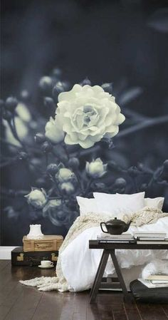 Rose + all white bedding ---only if I had hard wood floors :(