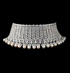 Pearl Fringed Diamond Collier de Chien