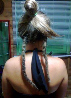Dreads com alongamento de cabelo natural de Cristiane