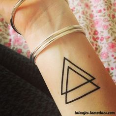 Tatuajes de Triangulos, Diseños y Significado | Entretenimiento