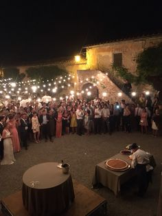 MILLEFOGLIE a vista, prepare in front of your guests with Italian O SOLE MIO  e VOLARE !!! In the beautiful Villa di Catignano Siena