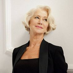 This woman is truly one gorgeous lady. Helen Mirren has been announced as the face of L'Oreal. Dame Helen, Ageless Beauty, L'oréal Paris, Old Actress, Aging Gracefully, Classic Beauty, Belle Photo, Older Women, Loreal