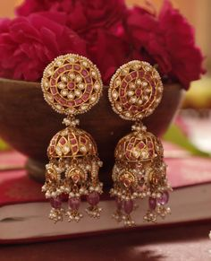 Gold Jewelry Design In India Code: 4094859181 Kids Gold Jewellery, Gold Jewelry Simple, Gold Jewellery Design, Rose Gold Jewelry, Swarovski Jewelry, Jewellery Diy, Jewellery Earrings, Gold Jhumka Earrings, Quartz Jewelry