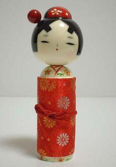 """Hnagoromo Red"" by Chie Tamura"
