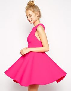 Playful (but neat!) hot pink structured dress
