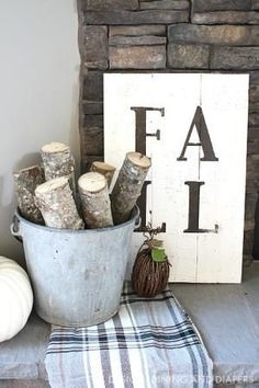 10 Inspiring Fall DIY Ideas: DIY Rustic Fall Sign