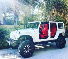 New Dream Cars For Girls White Jeep Wranglers Ideas Auto Jeep, Jeep 4x4, Jeep Truck, Sport Jeep, Truck Bed, Wrangler Jeep, Jeep Wranglers, White Jeep Wrangler Unlimited, Trucks