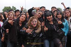 Nezahualcóyotl, Méx. 24 Abril 2013. Un saludo de Neza a todos los amantes del rock.
