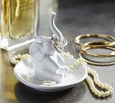 What a cute place to keep my wedding ring. :) Ceramic Elephant Ring Holder