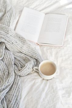 6 Astute Cool Tricks: Coffee And Books Cozy coffee girl street.Coffee Beans Photography bulletproof coffee with heavy cream. Modern Hepburn, Coffee And Books, Breakfast In Bed, Breakfast Ideas, Grafik Design, Lettering, How To Fall Asleep, Book Worms, Just In Case
