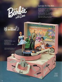 Barbie - Lets go to the Hop - Music Box Barbie Skipper, Barbie And Ken, Barbie Box, Barbie Gowns, Barbie Clothes, Barbie Music, Barbie Family, Valley Of The Dolls, Vintage Barbie Dolls