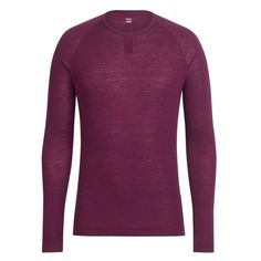Elite cyclists know base layers are as flexible as they are necessary. Keeping you cool in summer and warm in winter, Rapha's Merino under vests wick moisture superbly and are extremely odour resistant.