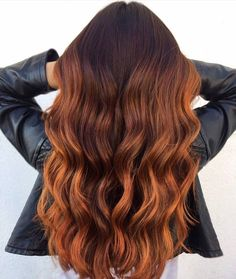 Trendy Hair Color : From Brown To Copper Hair ❤️ A dark, light, omb. Trendy Hair Color : From Brown To Copper Hair ❤️ A dark, light, omb. Bronde Hair, Hair Color Balayage, Copper Balayage Brunette, Auburn Balayage, Short Balayage, Brown Balayage, Hair Shades, Brown Hair Colors, Hair Colour