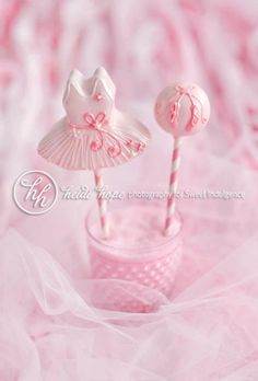 tutu party cake pops. Is there anyone in my country can make this?