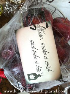 Snow White Halloween Tablescape: Poisoned Apples with The Evil Queen's quote.