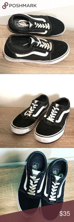 219a5186e3dc Men s Vans Shoes In good gently preowned condition. Black suede like  material with white stripe