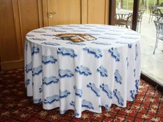 how to make a round tablecloth fast and easy   Make a Circular Tablecloth   The New Homemaker