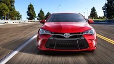 2015 Toyota Camry Hybrid Review