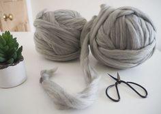 Soft yarn for knitting with hands. Yarn for hand knitting. Arm Knitting Merino Wool, Chunky Knitting Patterns, Hand Knitting, Chunky Knit Throw, Chunky Blanket, Chunky Yarn, Giant Wool Yarn, Super Chunky Wool, Arm Crocheting