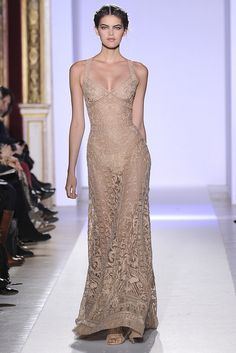 Via WWD For his latest couture collection, the Lebanese designer sent out an array of gold-embroidered gowns. Post Views: 75 {runway} Zuhair Murad Spring Couture 2013 was last modified: January 2013 by thefashionistyle Runway Fashion, High Fashion, Fashion Beauty, Fashion Show, Fashion Design, Zuhair Murad, Fashion Vestidos, Fashion Dresses, Fashion Clothes