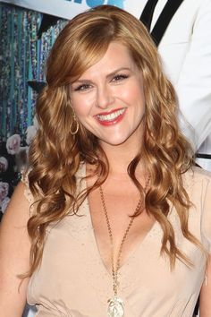 Sara Rue! Love the hair - body type inspiration for Fate